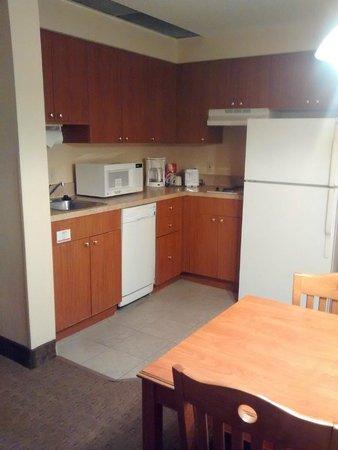 StaySky Suites I-Drive Orlando: Cozinha