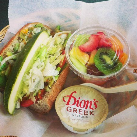 Dion's : Sub