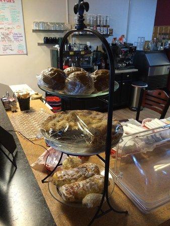 Gina's Cafe & Deli