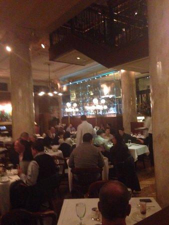 Grill 23 & Bar: Very nice! Food amazing!
