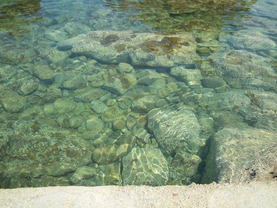 Spiaggia Caldura : Clear water