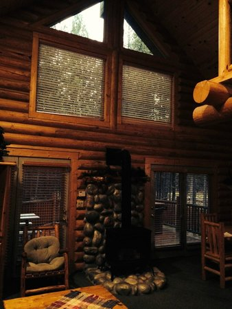 The Pines at Island Park: living room at our island park cabin
