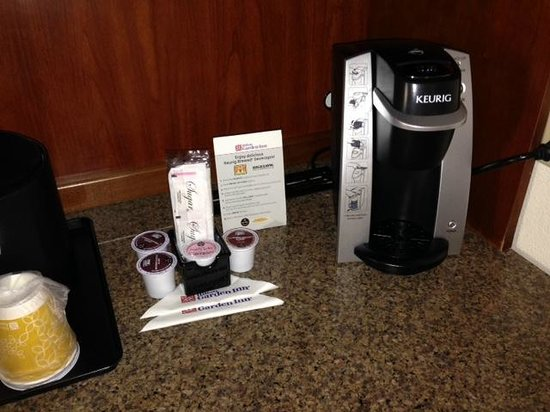 Hilton Garden Inn Chicago Midway Airport: Keurig coffee Maker! A nice extra