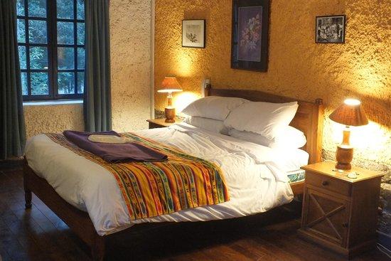 Hacienda Pinsaqui: chambre