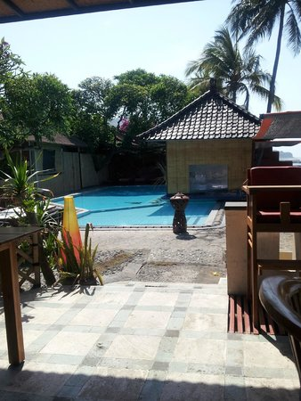 Ashyana Candidasa Beach Resort : View of pool area