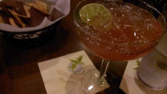 Flying Iguana Taqueria & Tequila Bar : yummerZ margarita