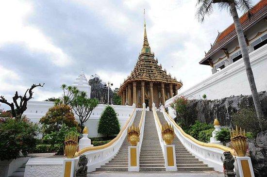 Wat Phra Buddha Badh