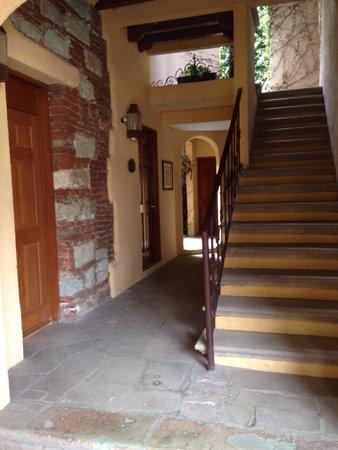 Casa de Sierra Azul : El Hotel