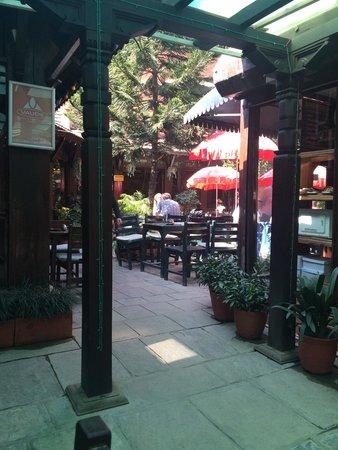 Hotel Mandap: Udmærket Cafe med rigtig espresso et godt mødested