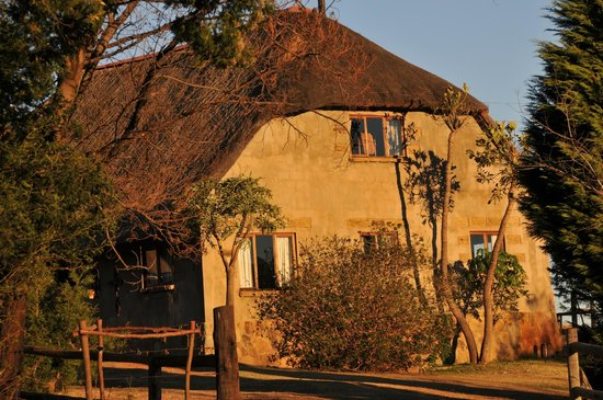 Berghouse and Cottages: 5 bedroom cottage for big groups and safari tours