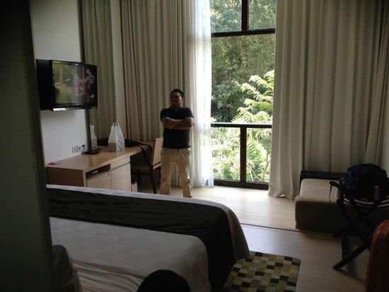 Kamar tidur picture of padma hotel bandung tripadvisor for Dekor kamar hotel di bandung