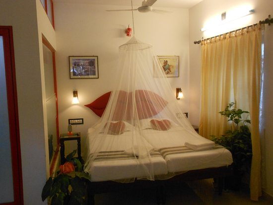 Heavenly Home Stay: super deluxe ac room