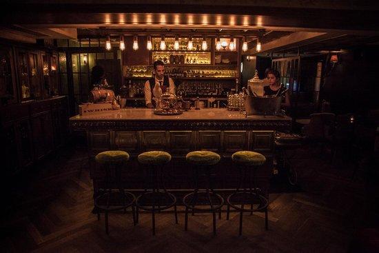Hotel Berdichevsky: Bellboy Bar
