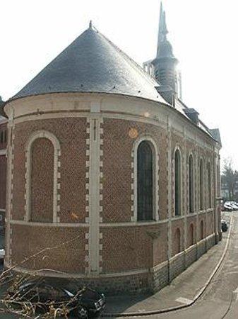 Saint-Pol-sur-Ternoise, França: chapelle des Soeurs Noires, musée municipal