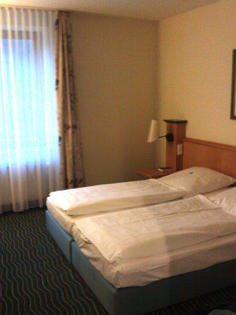 Hotel zur Sonne: Zimmer