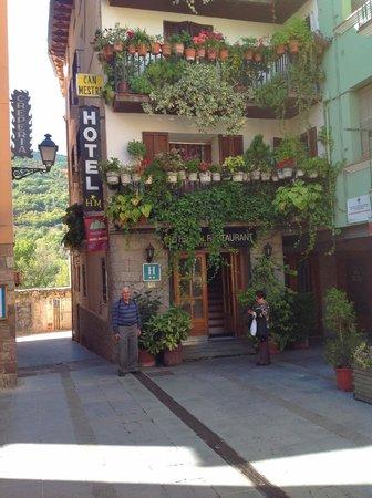 Hotel Can Mestre: fachada