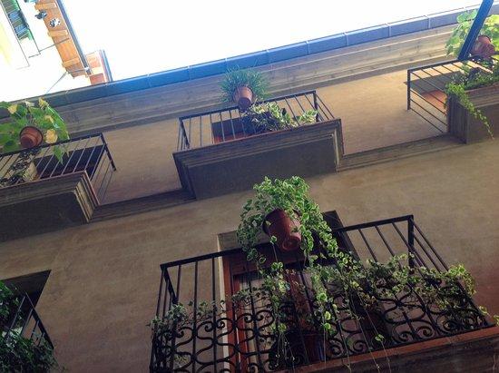 Hotel Can Mestre: el balcon