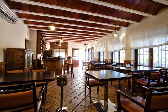 Cafeter a restaurante la venta picture of complejo turistico fuente taray malagon tripadvisor - El olivar de albarizas ...