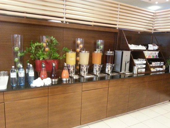 NH Vienna Airport Conference Center: Säfte und Tees