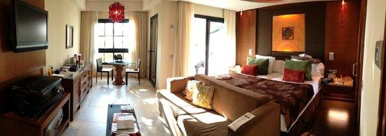 Gran Meliá Palacio de Isora Resort & Spa: Zimmer mit seitlichem Meerblick