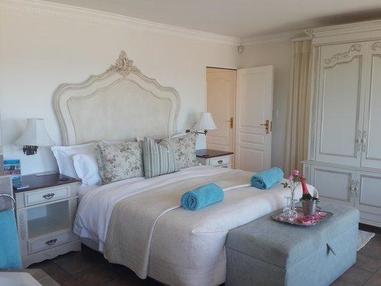 Atlantic Guest House: room