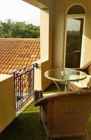 Ntengu Lodge: The Upper Room Balcony
