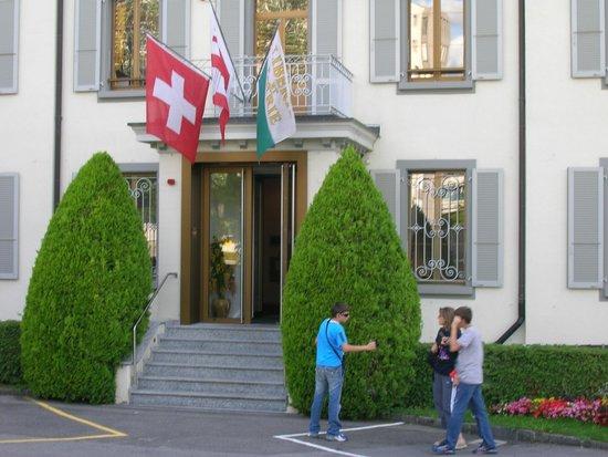 Hostellerie Bon Rivage: Ingresso