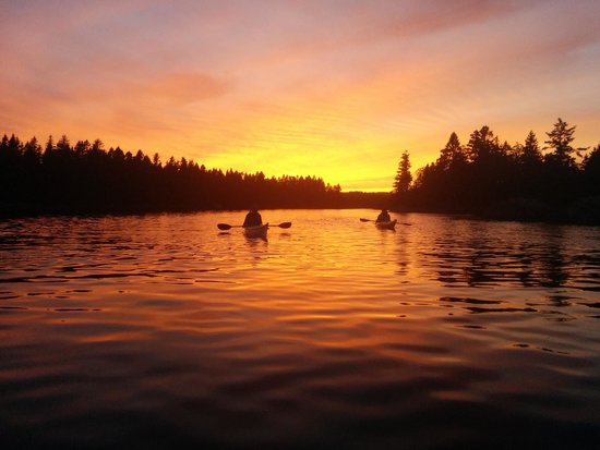 LaHave, Canada: Sunset paddle in Dublin Bay