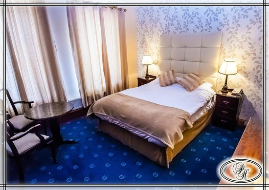 The Parkway Hotel : Double room