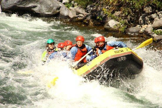Tongariro River Rafting : rafting on the Tongariro River North Island NZ