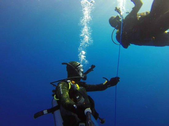 Bezz Diving Centre: South Gozo