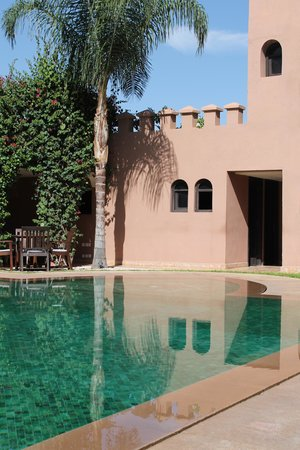 Al Fassia Aguedal: Hotel pool