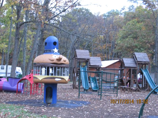 Newville, PA: Playground