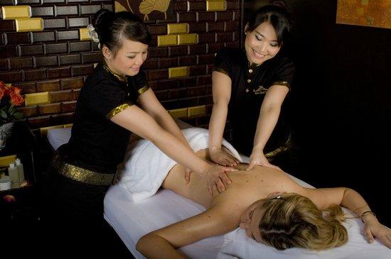 massage 4 mains picture of ban thai spa paris tripadvisor. Black Bedroom Furniture Sets. Home Design Ideas