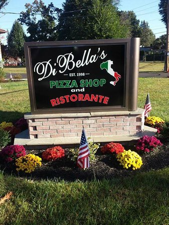 Κίνγκστον, Νέα Υόρκη: DiBella's Pizza & Ristorante 405 Lucas Ave Ext Kingston