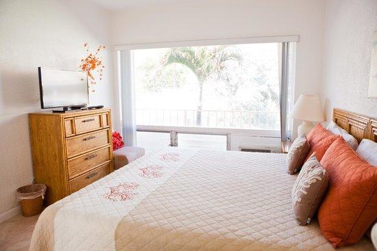 Sunrise Ocean Suites : Bedroom
