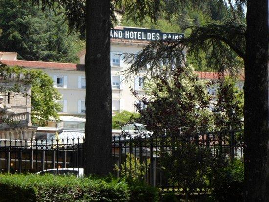L 39 h tel foto van grand hotel des bains vals les bains for Grand hotel des bains 07