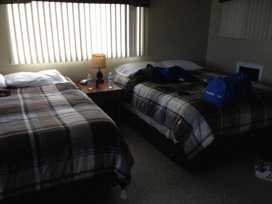 Big Bear Lodge: Comfortable Queen beds