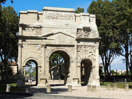 Arc de triomphe : Triumphal Arch