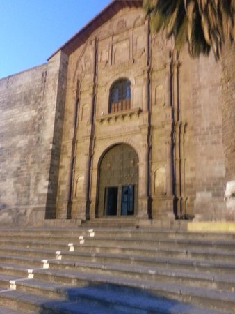 Amaru Valle Hotel: Iglesia de Urubamba