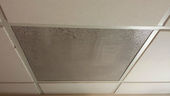 Ellis Hotel: dust on the vents