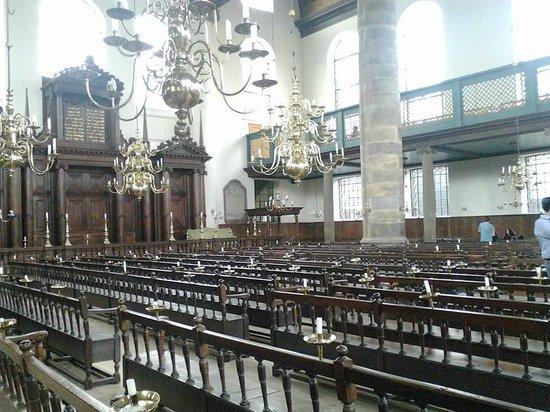 Jewish History Walking Tour: Amsterdam. Synagogue portugaise