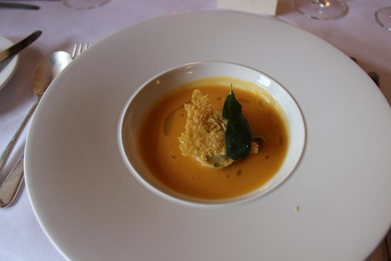 Restaurant at Menzies Flitwick Manor: Pumpkin Veloute