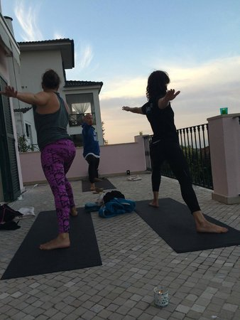 Estoril Beach House: yoga and meditation on the top balcony overlooking the sea was magical....