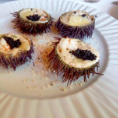Restaurante El Pinar: ERIZOS de mar rellenos