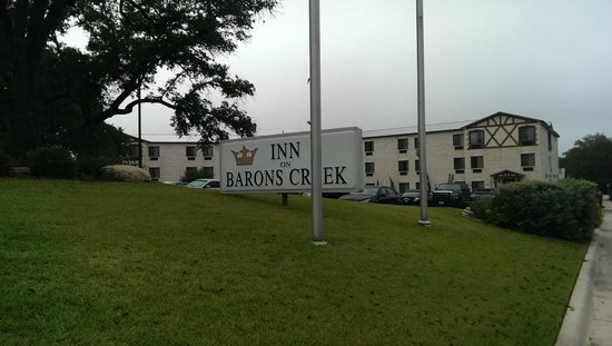 Inn on Barons Creek: The Inn