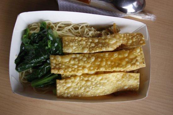 Yami Yami Noodle