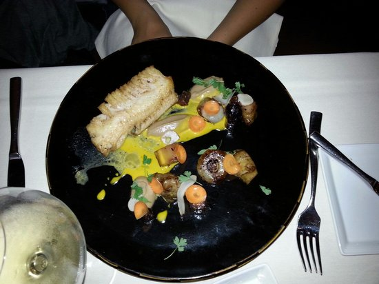 NINE-TEN Restaurant & Bar : Black cod