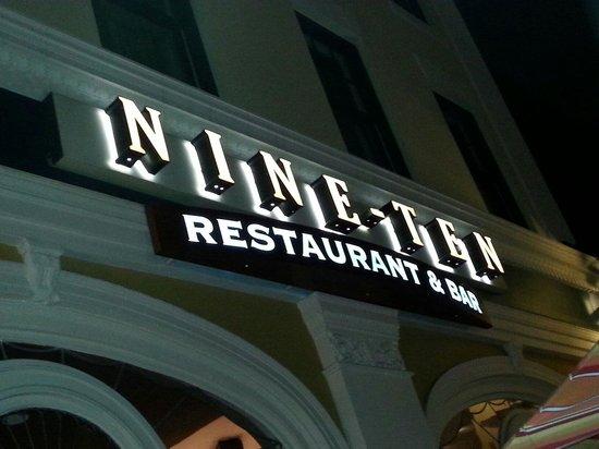 NINE-TEN Restaurant & Bar : Logo