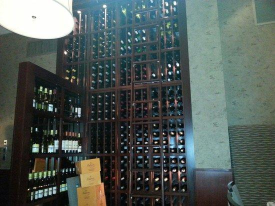 NINE-TEN Restaurant & Bar : Wines